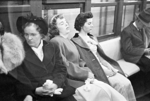 1946-Weary-Subway-Commuters-by-Stanley-Kubrick